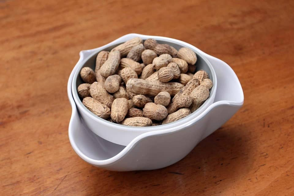 How to boil peanuts